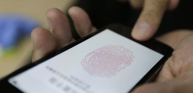 'iPhone 5S Kesik Parmakla Çalınamayacak'-kamumemurlar.com