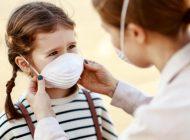 """Anne Babaların Merak Ettiği Soru: """"Çocuğumu Koronavirüsten Nasıl Korurum?"""""""